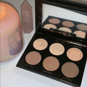 IBY Highlight & Contour Palette